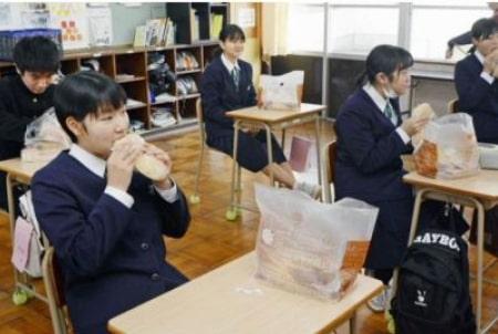 2月3日の高知新聞で菱田ベーカリーが取り上げられました